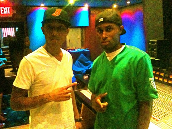 Mixxology & Pharrell en studio - South Beach, Miami, FL