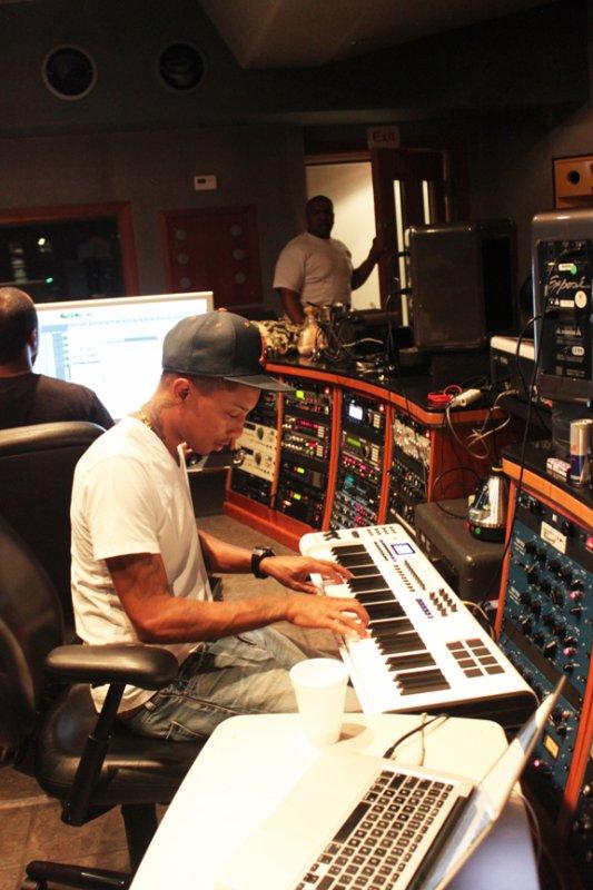 Pharrell & Timbaland en studio avec Missy Elliott - Début Juillet 2011