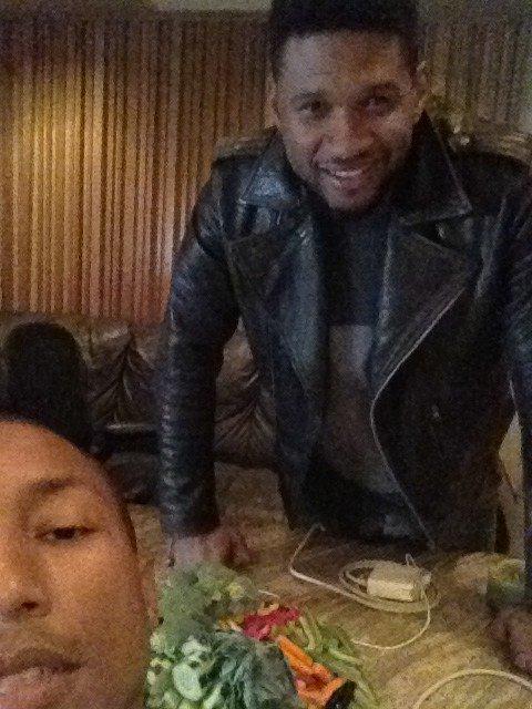 Pharrell en studio avec Usher - Octobre 2011