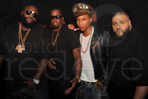 Pharrell - Anniversaire de DJ Khaled @ Mansion Night Club - Miami, FL - 25 novembre 2011