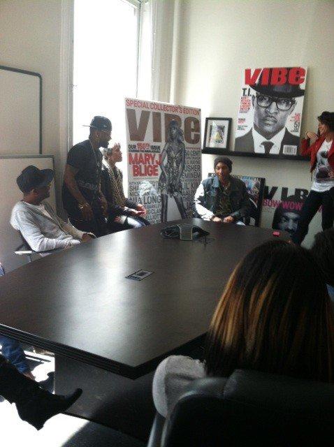 Pharrell - Interviews pour Vibe, Complex, Seventeen Magazine - 19 avril 2012