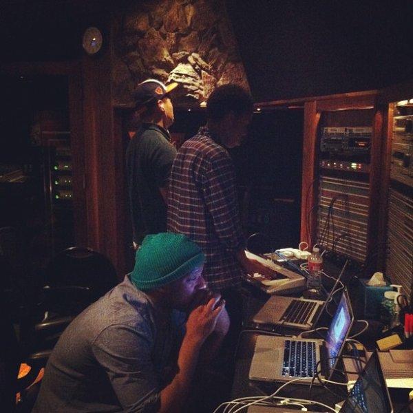 Chad Hugo en studio avec Earl Sweatshirt