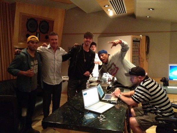 Pharrell & Chad en studio avec ... - 25 juin 2012