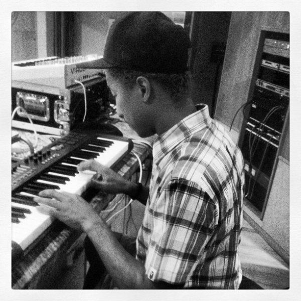 Pharrell - Studio - 30 juin 2012