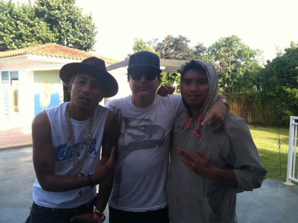 Pharrell & Chad en studio avec ... - Miami - 26 juillet 2012