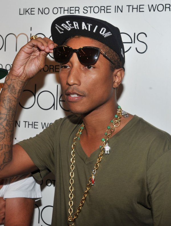 Pharrell - Fashion's night Out - Bloomingdale's 59th Street + BBC Store NYC - 6 septembre 2012