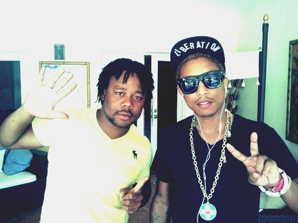 Pharrell en studio avec ... - 13 septembre 2012