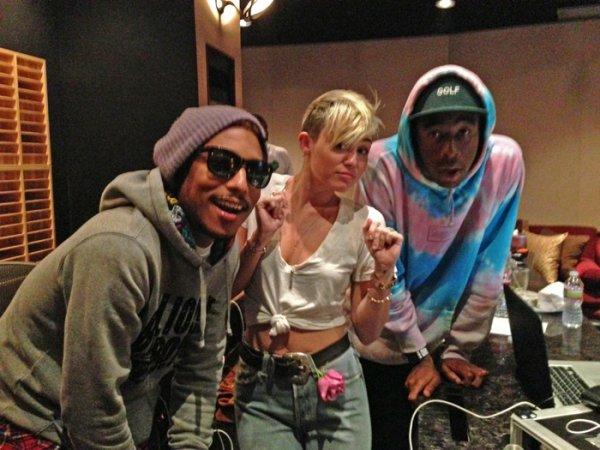 Pharrell en studio avec ... - 29 octobre 2012
