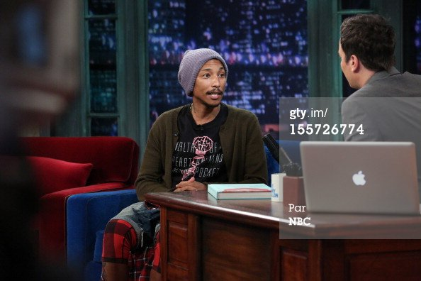 Pharrell - Late Night Jimmy Fallon - NYC - 7 novembre 2012