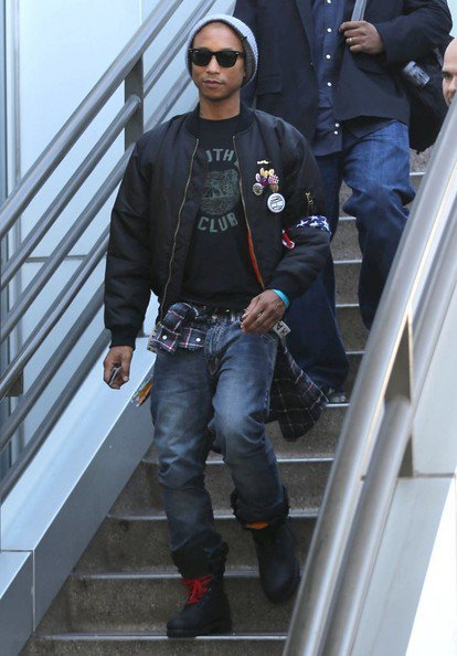 Pharrell - LAX Airport (Aéroport de Los Angeles) - 10 décembre 2012