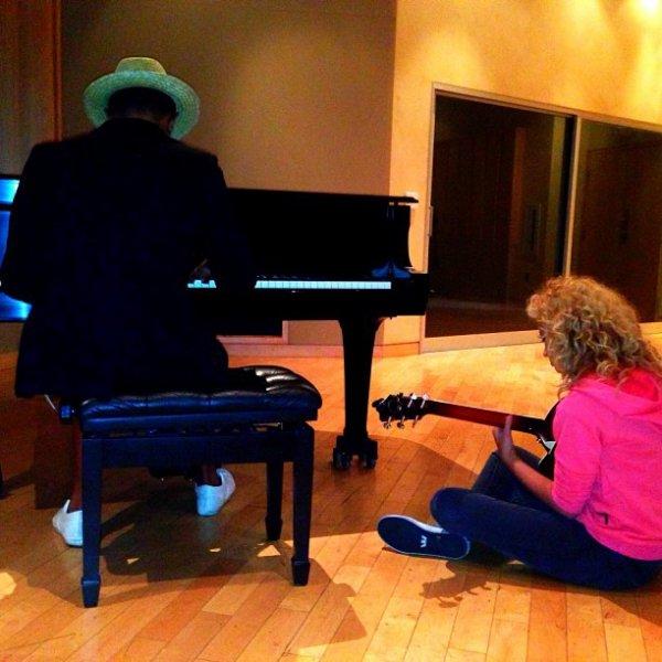 Pharrell en studio avec ... - 16 août 2013