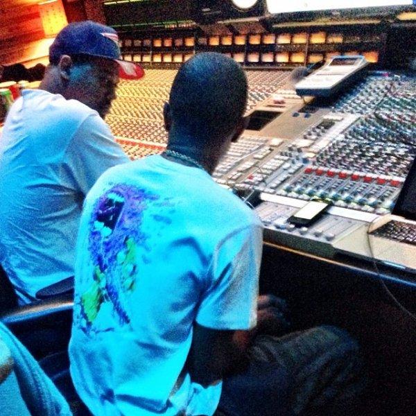 Pharrell en studio avec ... - LA - 12 novembre 2013