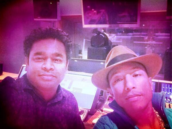 Pharrell en studio avec ... - 26 novembre 2013