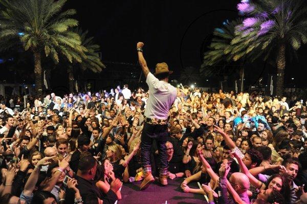 Nouvel an @ Fontainebleau - Miami - 31 décembre 2013
