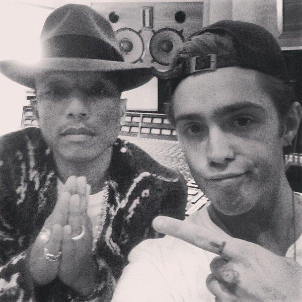 Pharrell en studio avec ... - 22 & 23 janvier 2014