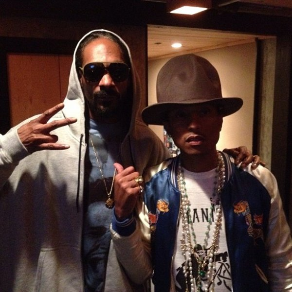 Pharrell en studio avec ...  - 17 mars 2014