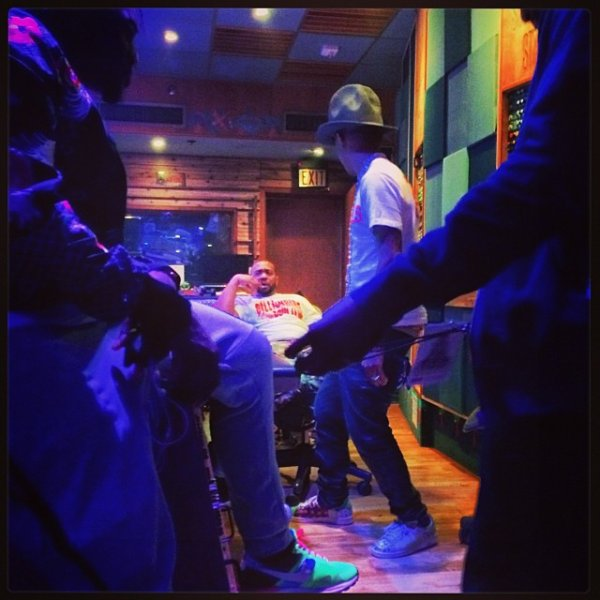 Pharrell en studio avec ...  Miami, FL - 18 mars 2014