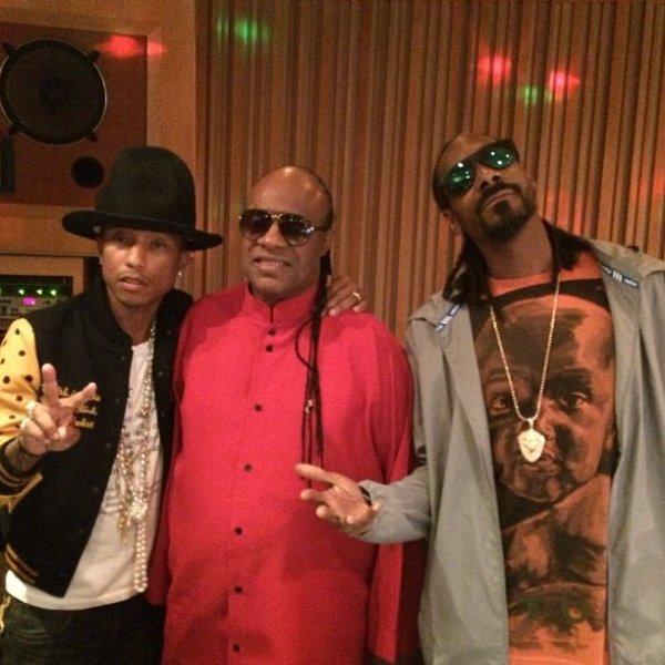 Pharrell en studio avec ... - Avril 2014