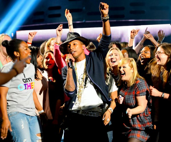 Pharrell - The Graham Norton Show - Londres - 22 mai 2014