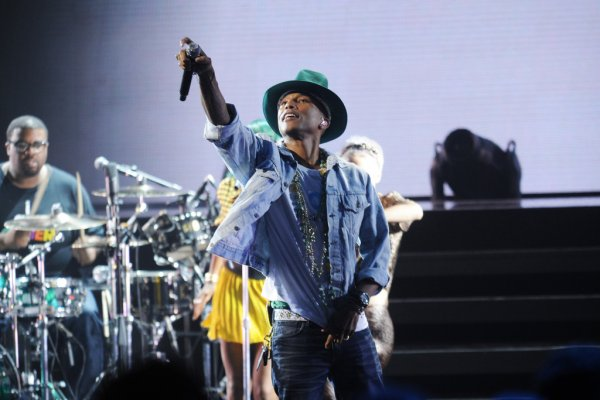 Pharrell - AMEX Unstaged Concert - Apollo Theater - 3 juin 2014