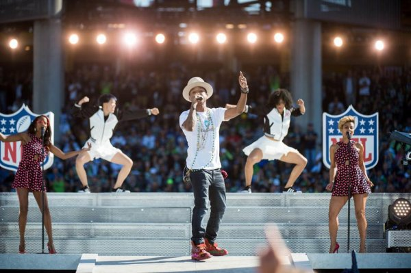 Pharrell & the Baes - 2014 NFL Kickoff Concert - Seattle - 4 septembre 2014