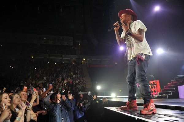 Pharrell & The Baes - The Dear G  I  R  L Tour - Manchester -  9 septembre 2014