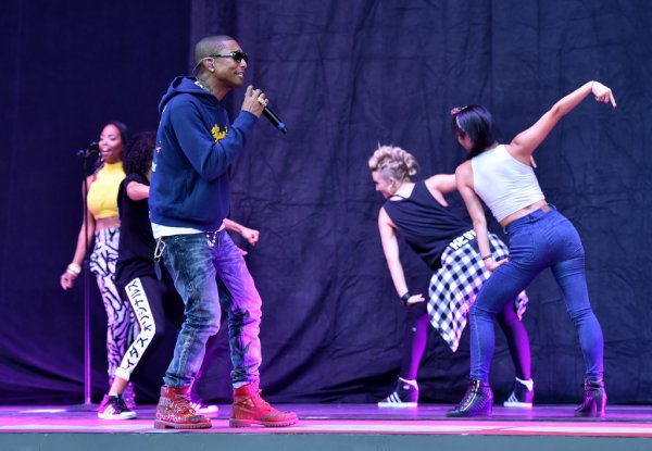 "Pharrell & The Baes - CBS' ""We Can Survive"" - Hollywood Bowl - Los Angeles - 24 octobre 2014"