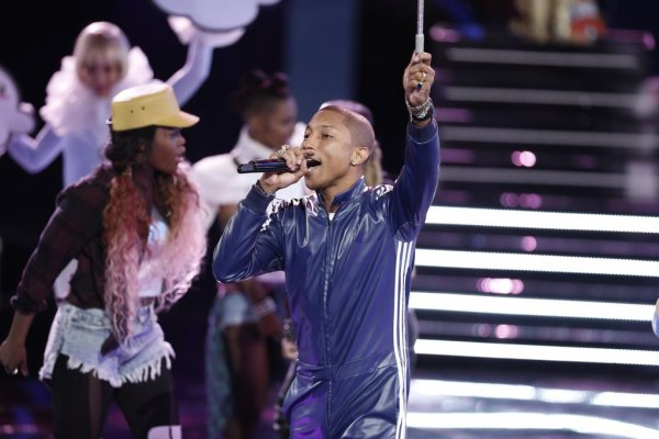 Pharrell -The Voice Live - Hollywood - 1er décembre 2014