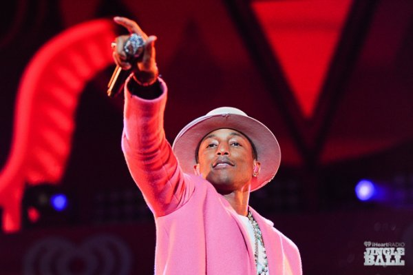 Pharrell & The Baes - iHeart Radio Jingle Ball - New York City - 12 décembre 2014