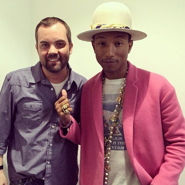 Pharrell - Saturday Night Online - 12 décembre 2014