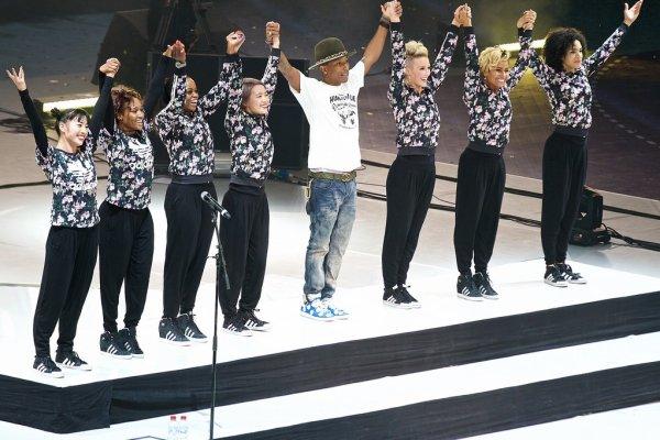 Pharrell & The Baes - Mondial de Handball - Doha, Qatar - 22 janvier 2015