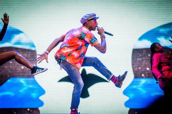 Pharrell & The Baes - Dear G  I  R  L Tour 2.0 - Rock Werchter Festival - Belgique - 26 juin 2015