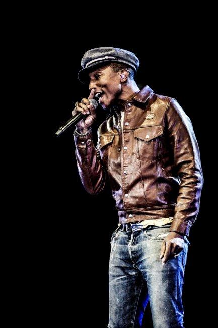 Pharrell & The Baes - Dear G  I  R  L Tour 2.0 - Roskilde Festival - Danemark - 1er juillet 2015