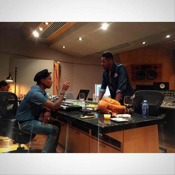 Pharrell en studio avec... - Juillet 2015