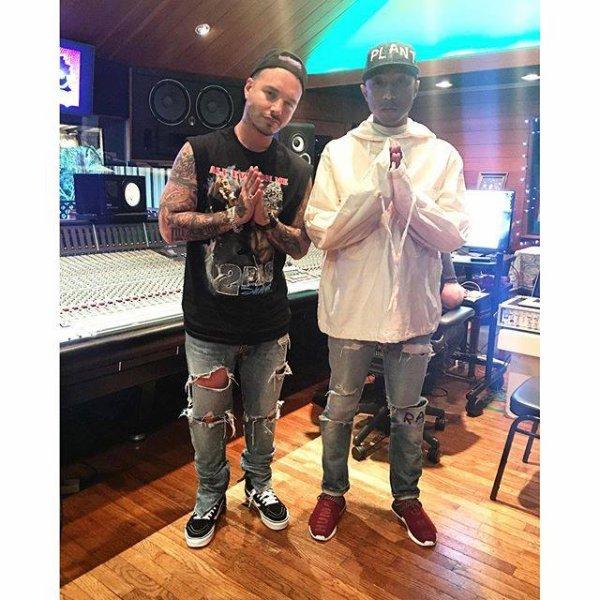 Pharrell en studio avec ... - Los Angeles - 23 février 2016