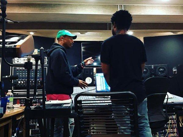 Pharrell en studio avec ... - 9 février 2017