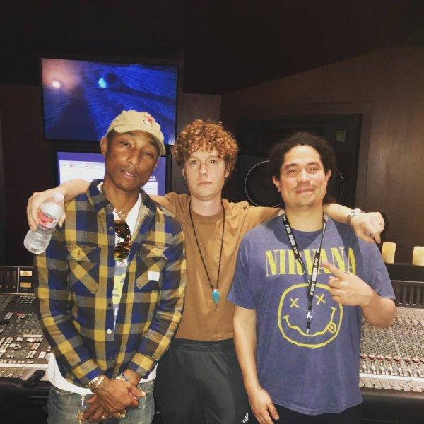 Pharrell en studio avec ... - Février 2018