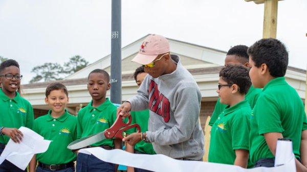 Ouverture d'un community garden à la Seatack Elementary School - 26 avril 2019