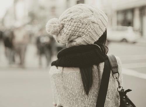Il devrait y avoir prescription pour le chagrin. Un code stipulant que se réveiller tous les matins en pleurant n'est admis que pendant un mois.