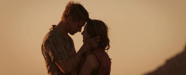 Toi et moi, c'est pour toujours. Rien ne peut nous séparer, rien, ni l'enfer ni le paradis. Où que tu sois, je te retrouverai.