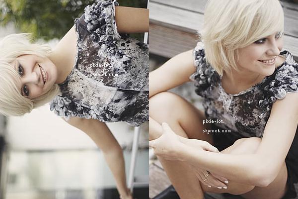 .  Photoshoot : Magnifique photoshoot de Pixie Lott réalisé par Diane Sagnier, lors de son passage à Paris !.    Candid's : Des paparazzi pervers, prenant Pixie sortant d'un aéroport pour Clyde 1 Live. Devant Starbucks, la chanceuse. (30/09)   .