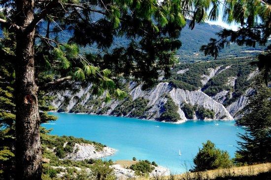 A proximité du Lac de Serre - Ponçon