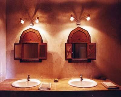une salle de bain à la marocaine - maroc Maroc maroc Maroc maroc ...
