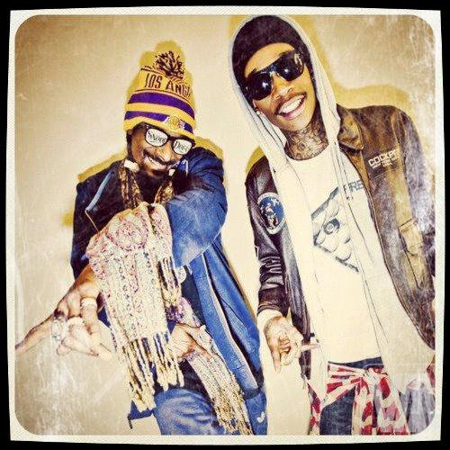 Snoop Dogg & Wiz Khalifa ft. Juicy J - Smokin On (2011)