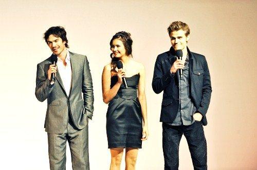 """We all ♥ the-vampirediaries-serie"""