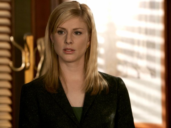 Assistante du Procureur : Diane Neal