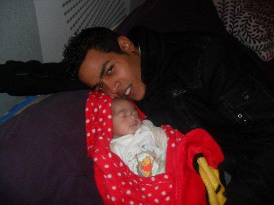 mon cousin avec sa fille ma petite cousine