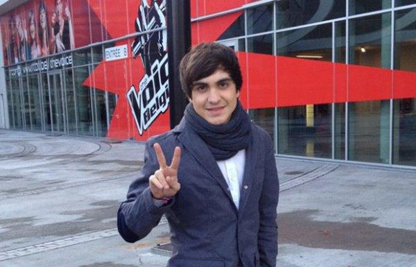 En ce 3 janvier 2014 un grand évenement : 2 ans que Roberto a passé les blinds de The Voice Belgique ! 2 ans qu'il est dans la lumière !