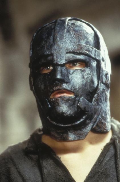 28- L'homme au masque de fer