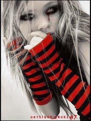 une fille triste